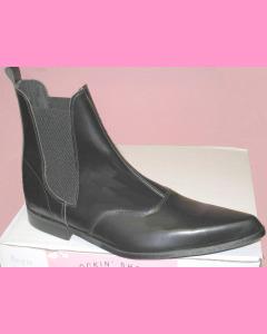 Low Heel Chelsea Boots