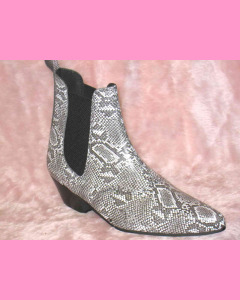 Snake Chelsea Boots with cuban heel