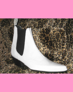 White patent leather Chelsea Boots