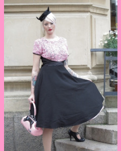 Bettie Page Soft Roses Dress