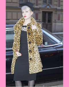 Bettie Page Wild Thing Short Leopard Coat