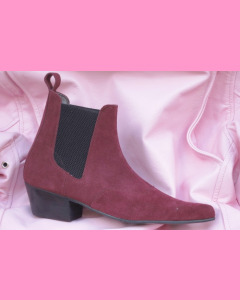 Burgundy suede Chelsea Boots with cuban heels