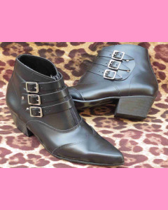 Black leather Stap Boot