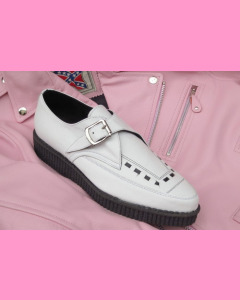 White leather pointed buckle creepers