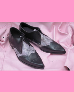 Black leather and purple snake Brogue Winkle-Pickers